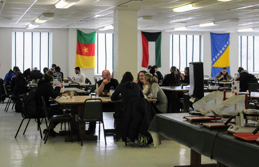 Photo of Salem University cafeteria during breakfast